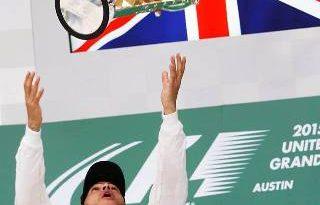 F1: Hamilton passa mal e adia chegada ao Brasil