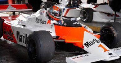 F1 Historic: Bobby Verdon-Roe vence em Brands Hatch