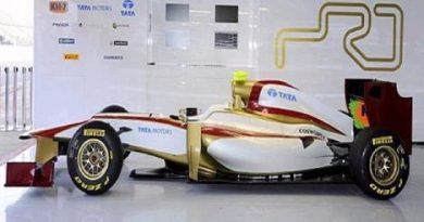 F1: Com atraso, HRT lança carro e consegue ir à pista em Barcelona