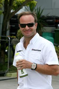F1: Briatore ironiza Rubinho e diz que Mundial já está decidido