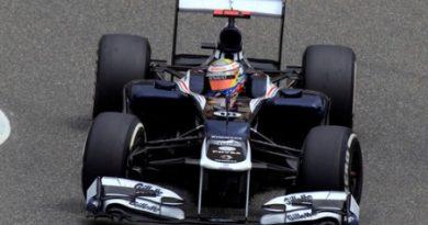 F1: Hamilton é punido e cai para último. Maldonado sai na pole