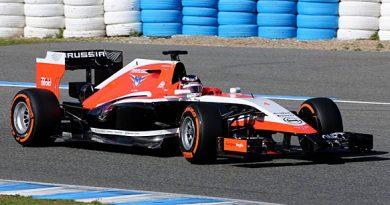 F1: Após atraso, Marussia apresenta novo MR03 para 2014