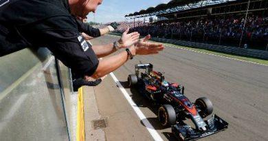 """F1: Após GP 250, Alonso sugere adeus em 2017: """"Não creio que chegue a 300"""""""