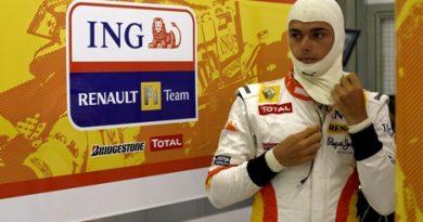 F1: Renault poderia demitir Nelsinho e contratar japonês