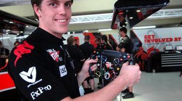 GP2 Series: Johnny Cecotto Jr. e Luiz Razia assinam com a Air Asia