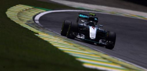 F1: Com pista molhada, Nico Rosberg é o mais rápido no terceiro treino em Interlagos