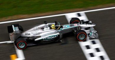 F1: Mercedes faz a dobradinha no grid em Barcelona