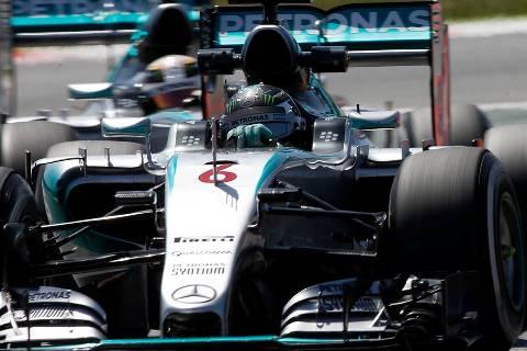 F1: Nico Rosberg marca a pole em Barcelona