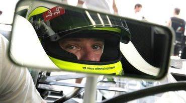 F1: Barrichello paga US$ 200 mil para ir ao espaço