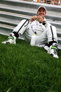 F1: Rubinho aceita pedido de desculpas de Hortência