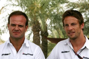 F1: Button queima nádega em vitória no Bahrein