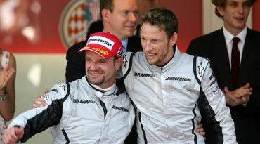 F1: Button visita sede da McLaren com empresário