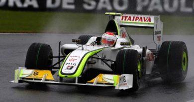 F1: Rubens Barrichello faz a pole e leva Interlagos ao delírio