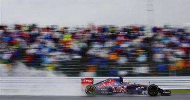 F1: com chuva, Carlos Sainz Jr., lidera primeiro treino livre