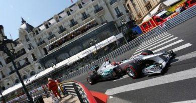 F1: Michael Schumacher marca a pole em Mônaco, mas não leva