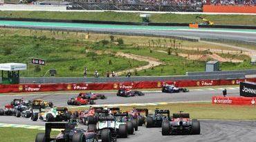 F1: Apoio da torcida emociona Bruno Senna no GP do Brasil