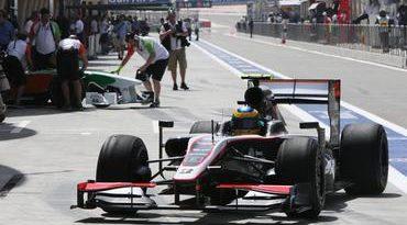 F1: Bruno Senna quebra o gelo e já prevê evolução do carro