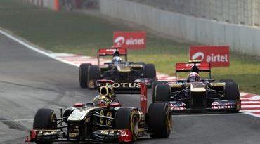 F1: Bruno Senna diz que falta do KERS limitou sua prova na India