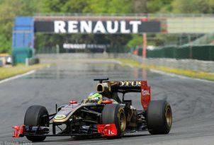 F1: Senna faz a Eau Rouge ao contrário e a 270 km/h