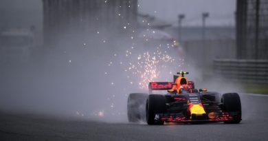 F1: Neblina complica treinos em Shangai