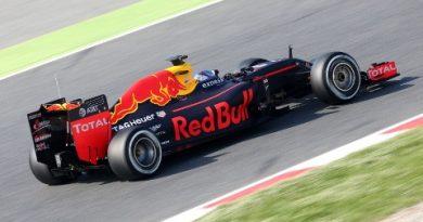 F1: Max Verstappen é o melhor no último dia de testes em Barcelona