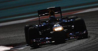 F1: Sebastian Vettel é o mais rápido no segundo treino em Abu Dhabi