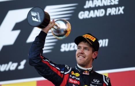 F1: Jenson Button vence GP do Japão. Sebastian Vettel, em 3º, é bi-campeão