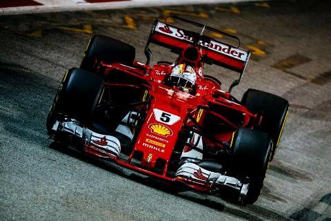 F1: Sebastian Vettel alinha na pole-position para o GP de Singapura