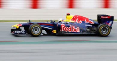 F1: Vettel e Buemi fazem 'dobradinha' de equipes irmãs em Barcelona