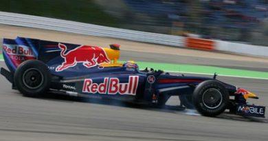 F1: Red Bull renova contrato de Mark Webber