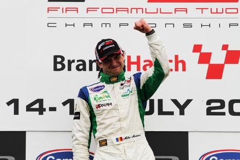 F2: Kevin Mirocha e Mihai Marinescu vencem em Brands Hatch