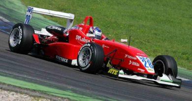 F3 Alemã: Rafael Suzuki larga na terceira fila na prova final na Alemanha