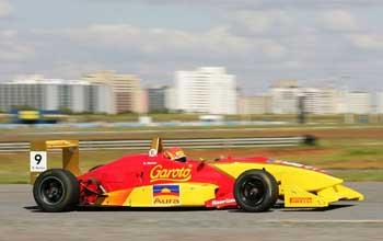 F3 Sulamericana: Diego Nunes é pole da 11ª etapa