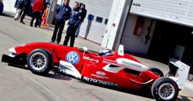 F-3 Alemã: Rafael Suzuki é o mais rápido no inicio da pré-temporada em Nürburgring