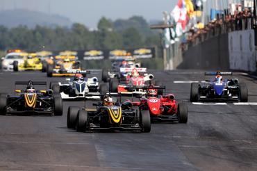 F3 Brasil: Com 19 inscritos F3 disputa quarta etapa em Interlagos