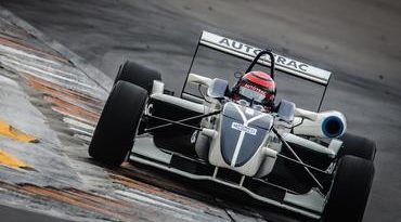 F3 Brasil: Pedro Piquet esmaga o (próprio) recorde no Velopark