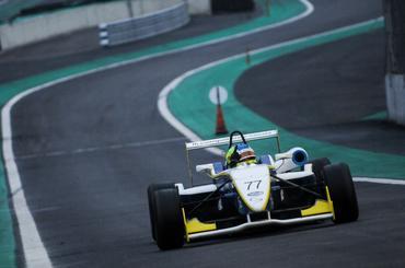 F3 Brasil: Samaia conquista a primeira pole na F3 Brasil