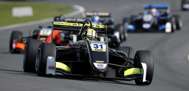 FIA F3 European: Lando Norris assume a liderança do campeonato
