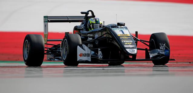 FIA F3 European Championship: Callum Ilott e Joel Eriksson vencem na Áustria