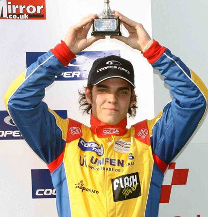 F3 Inglesa: Com vitória e terceiro, Victor Corrêa faz melhor rodada na Alemanha