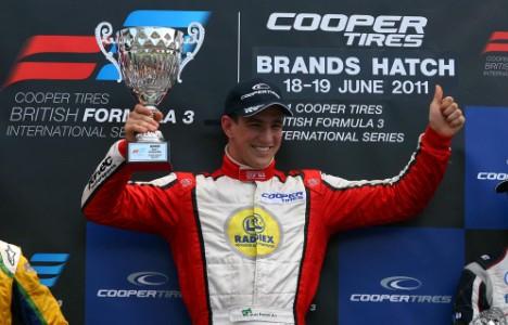 F3 Inglesa: Brasileiros vencem duas provas em Brands Hatch