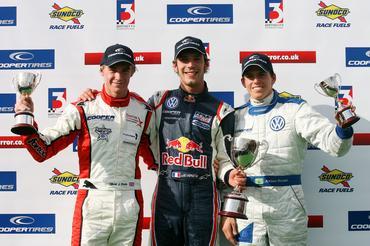 F3 Inglesa: Adriano Buzaid termina rodada de abertura entre os quatro primeiros