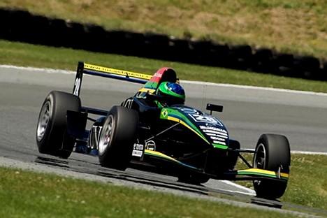 F3: Na estréia do TRS, Lucas Foresti termina em 5º na Nova Zelândia