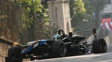 F3: Terceiro na corrida de classificação de Macau, Streit sobe ao pódio