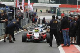 FIA International F3 Trophy: Roberto Merhi vence as duas provas em Spa