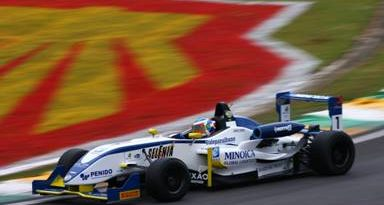 F3 Sulamericana: Leonardo Cordeiro vence em SP e chega mais perto do título