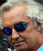 F1: Flávio Briatore diz que faltou respeito a Ron Dennis