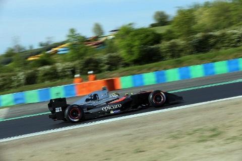 Fórmula V8 3.5: Johnny Cecotto e Tom Dillmann vencem na Hungria