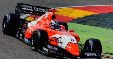Fórmula V8 3.5: Louis Deletraz e Aurelien Panis vencem no Motorland Aragon