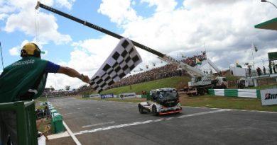 Truck: Piquet vence a Fórmula Truck em Brasília. Giaffone é o campeão da temporada